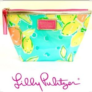 NWOT Lilly Pulitzer Lemons Aqua Cosmetic Bag